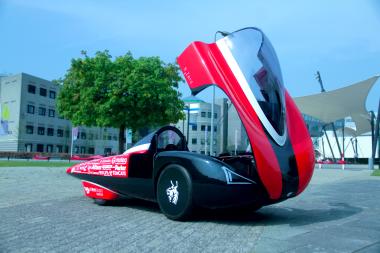 De H2Zero, de auto van het Green Team Twente in 2015. Commerciele fotografie.